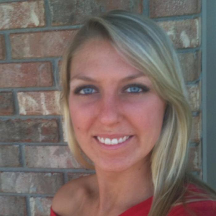 Lauren<BR>Receptionist / Vet Assistant  photo